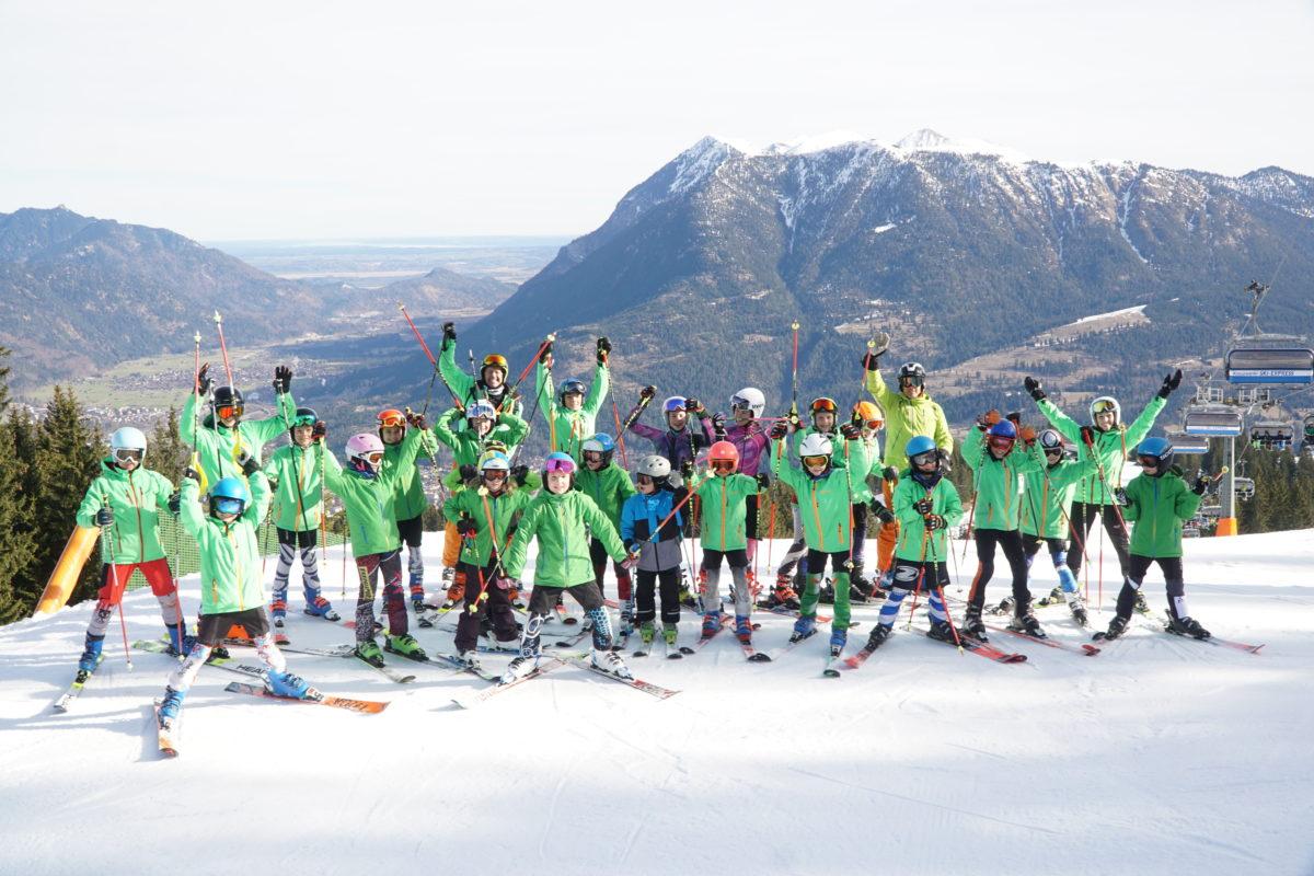 Skiclub Einkleidung